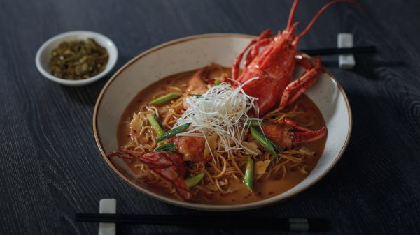 6. Boston Lobster Noodle - FUHU Genting