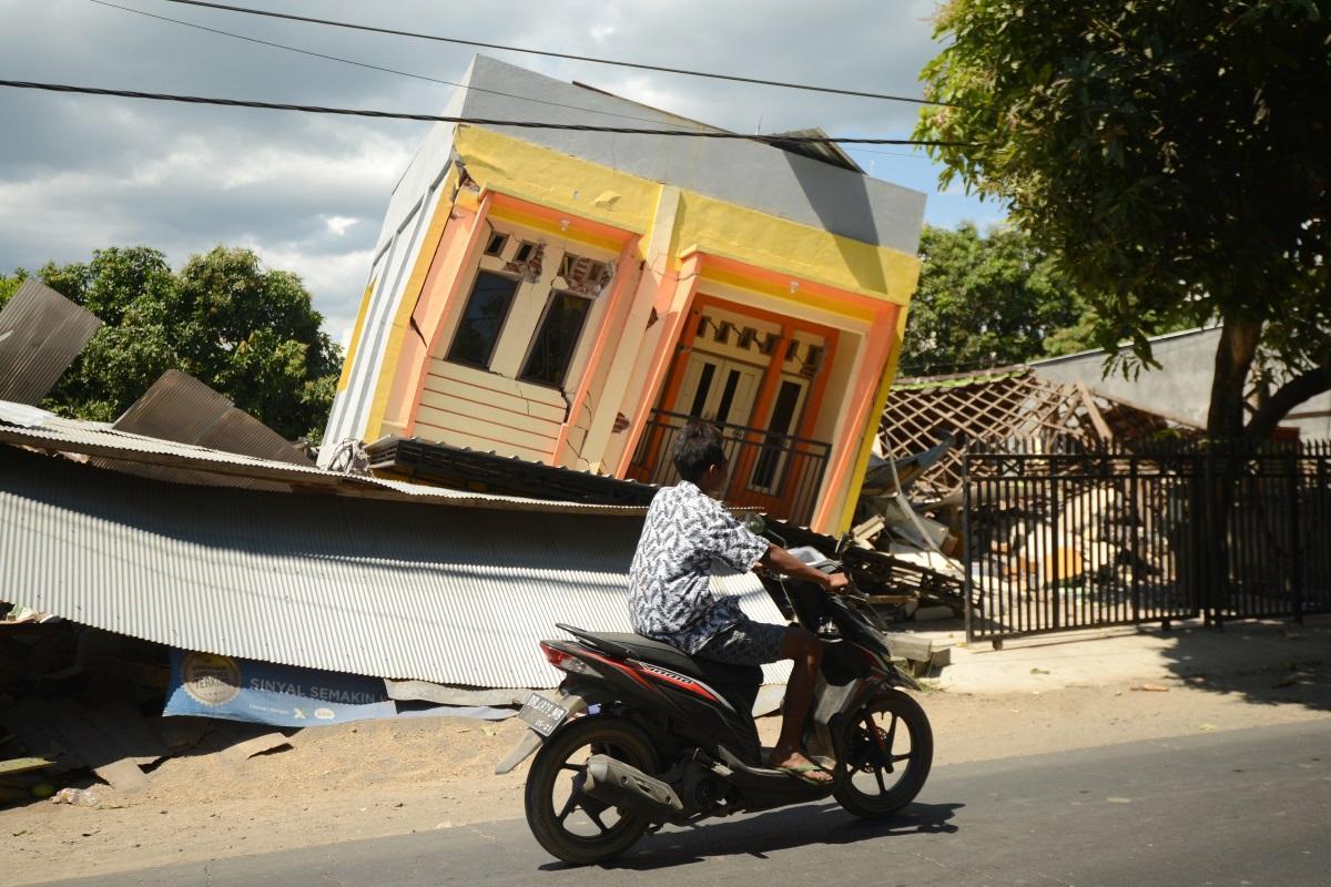 lombok-earthquake-aftermath-sonny-tumbelaka-AFP - ring of fire