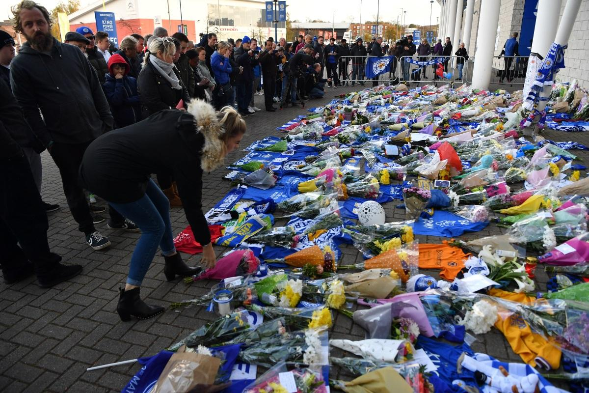 leicester-city-tribute-flowers-ben-stansall-AFP - leicester city