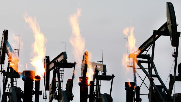 Flaring Oil Wells. Photo Courtesy of HBO - dicaprio
