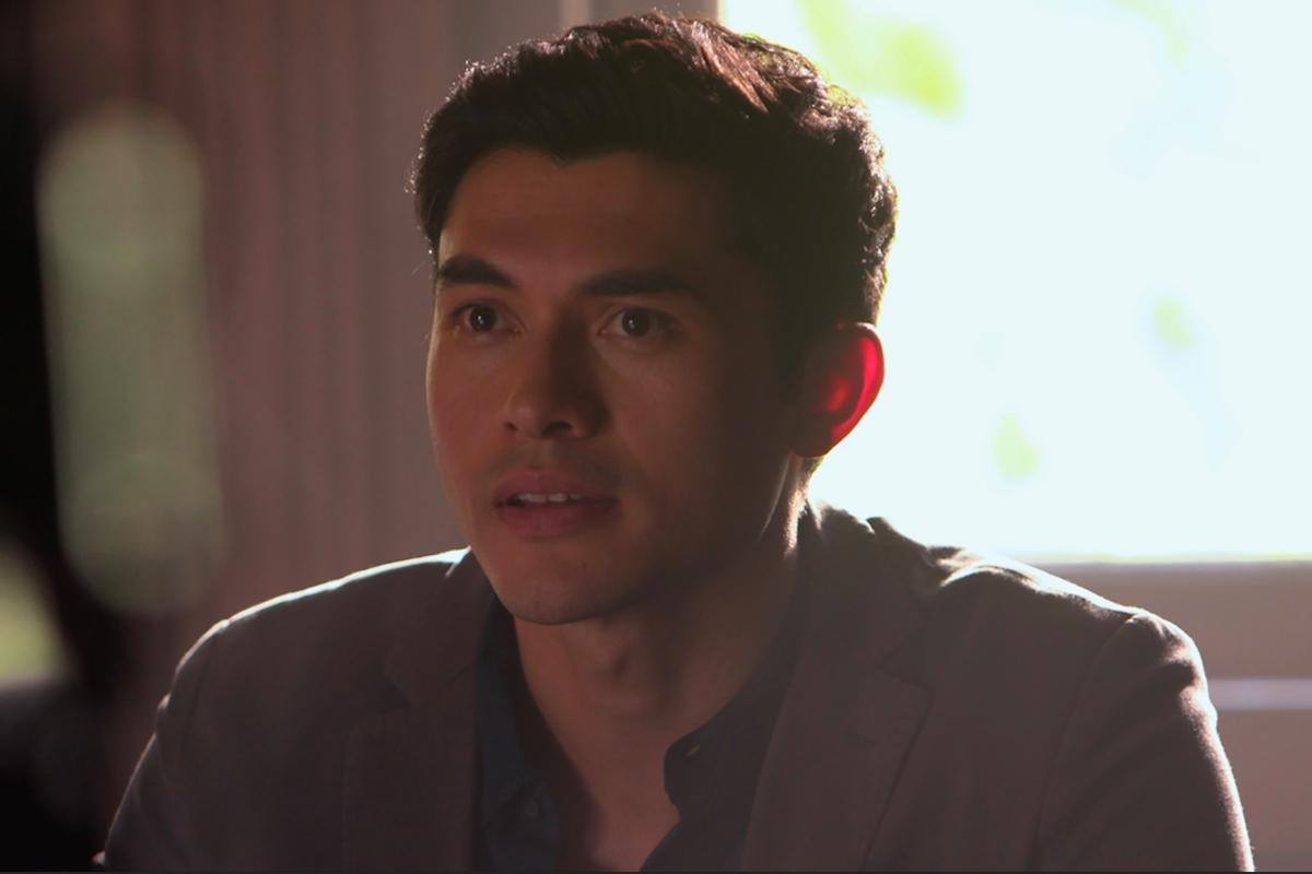 WATCH: Henry Golding On Filming 'A Simple Favor' and Having 2 Leading Ladies