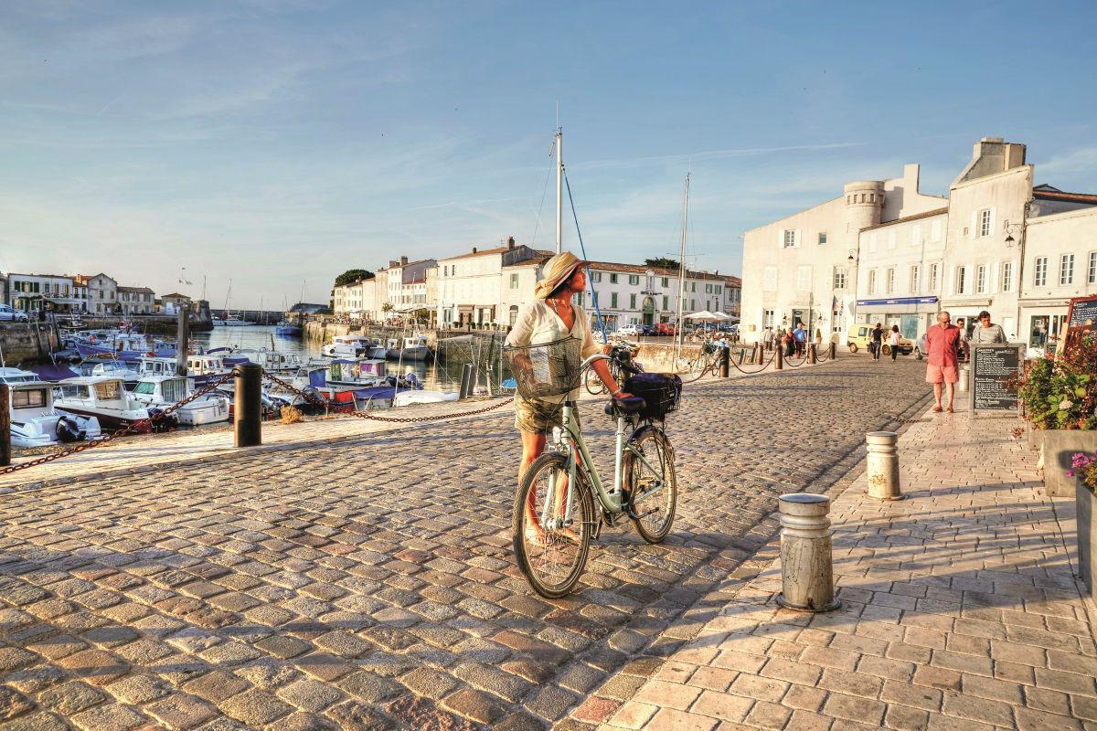 21 Reasons You Need to Visit Dreamy, Alluring Île De Ré