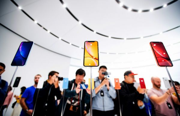 As iPhone Sales Sputter, What is Apple Doing?