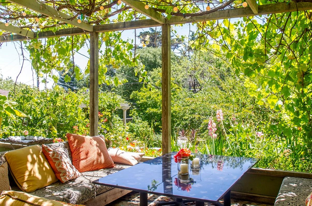 Gardening Tips and Inspiration From Beautiful Airbnb Homes